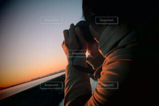 男性,風景,海,空,冬,カメラ,撮影,人物,人