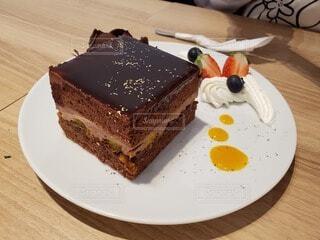 食べ物,カフェ,風景,ケーキ,テーブル,皿,リラックス,チョコレート,おいしい,ドリンク,誕生日ケーキ,菓子,ライフスタイル,チョコケーキ,物