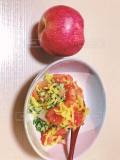 食べ物,屋内,テーブル,果物,皿,健康的,サラダ,ダイエット,レシピ,ファストフード,リンゴ,ボウル