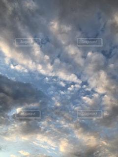空,夕日,屋外,雲,夕暮れ,くもり,綺麗な雲,美しい雲