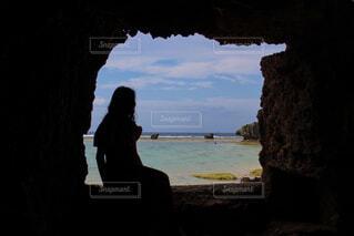 自然,海,屋外,湖,ビーチ,水面,沖縄,景色,人物,人,洞窟,探す,view