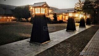 空,屋外,家,ライトアップ,道,明かり,日本,歩道,地面,伝統,日本風,古い時代,灯し