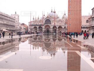 空,建物,雨,屋外,水面,ヨーロッパ,反射,都会,イタリア,水溜り,ベネチア,サン・マルコ寺院,サン・マルコ広場