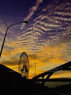 観覧車,夕暮れ,大空,万博公園