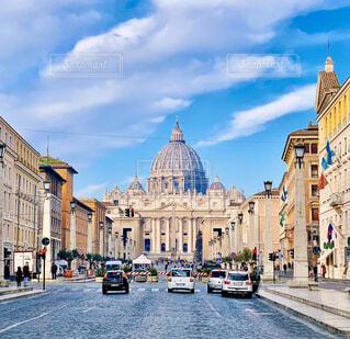 風景,空,建物,屋外,雲,青空,車,ローマ,道,イタリア,通り,車両,陸上車両,セント・ピーターズ