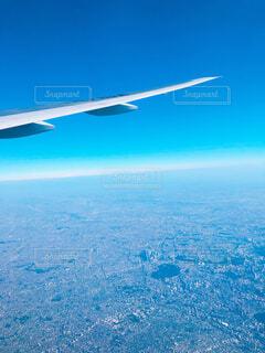 空,屋外,晴れ,青,飛行機,水面,飛ぶ,大地,旅行,旅,羽,快晴,空中,航空機,フライト,空の旅,車両,ジェット,日中