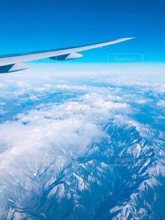風景,空,屋外,雲,飛行機,飛ぶ,山,大地,旅行,旅,羽,空中,航空機,フライト,空の旅,ジェット,日中,インスタ映え