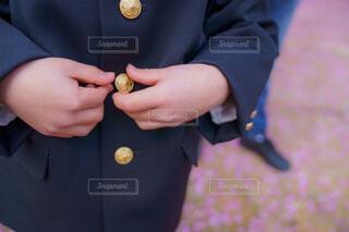 入学と、制服と。手が可愛い。の写真・画像素材[4346429]