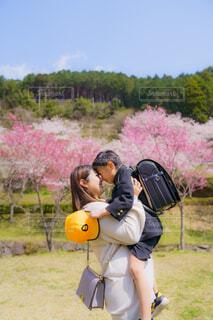 桜とランドセルと制服との写真・画像素材[4348973]