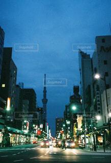 東京の街灯りの写真・画像素材[4550118]