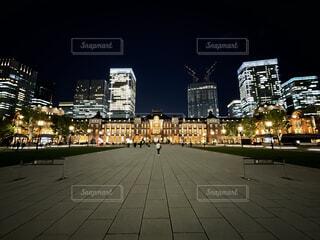 空,建物,屋外,東京,駅,都市,美しい,道,高層ビル,iphone,明るい,ダウンタウン,大手町