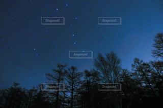 満点の星空の写真・画像素材[4377345]