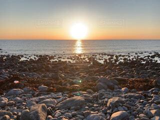 自然,海,空,屋外,太陽,夕暮れ,水面,海岸,岩