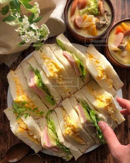 昔ながらのサンドイッチの写真・画像素材[4355286]