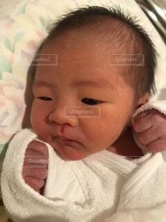 子ども,屋内,人物,人,赤ちゃん,幼児,少年,新生児,人間の顔