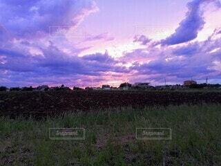 もうすぐ日没の写真・画像素材[4607710]