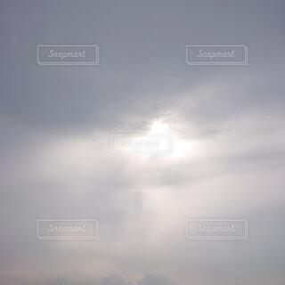 自然,空,屋外,白,雲,霧,日の光,くもり,日中,神々しい,雲の目