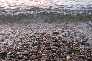 自然,海,屋外,ビーチ,波,水面,山,岩,石,小石