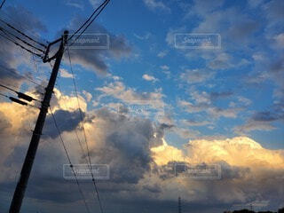 空,屋外,雲,夕焼け,電線