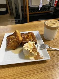 朝の贅沢フレンチトーストの写真・画像素材[4382560]