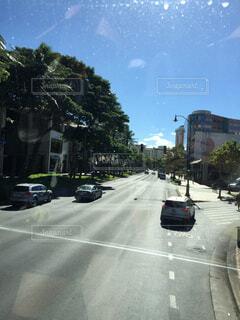 風景,空,屋外,車,道路,樹木,都会,道,ハワイ,通り,車両,テキスト,陸上車両