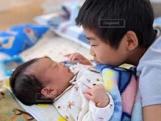 子ども,風景,屋内,人物,人,赤ちゃん,幼児,少年,新生児,人間の顔