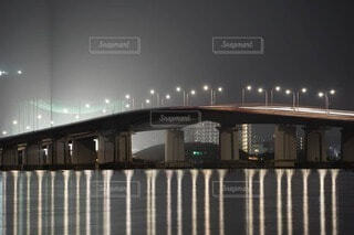 建物,夜,橋,水面,明るい,琵琶湖,スローシャッター,琵琶湖大橋