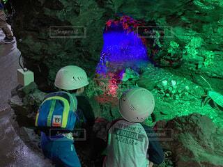 洞窟,洞窟 探検 ヘルメット