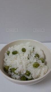 食べ物,屋内,緑,白,皿,米,グリーンピース