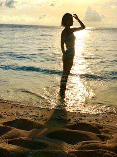 海,空,屋外,太陽,砂,ビーチ,水面