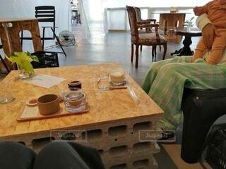 お茶カフェで子連れ女子会の写真・画像素材[4370895]