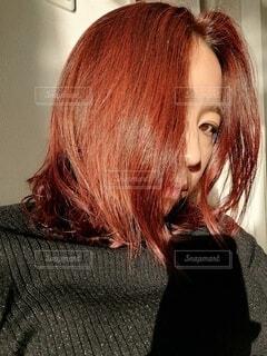 女性,ファッション,髪,人物,人,ポートレート,ヘアカラー,美容室,赤髪,暖色系カラー,オレンジカラー,人間の顔