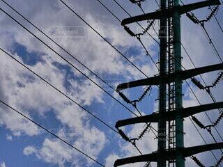 空,屋外,雲,タワー,電線,電気,ノスタルジック,コントラスト,景観,高い,ライン,ワイヤー,電線路,電源供給,公益企業