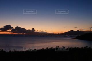 自然,風景,空,屋外,湖,太陽,ビーチ,雲,夕暮れ,水面,山,樹木