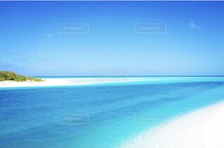 青い空青い海の写真・画像素材[4402118]