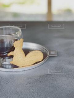 コーヒーとクッキーの写真・画像素材[4536763]