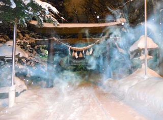 雪煙りの写真・画像素材[4387556]