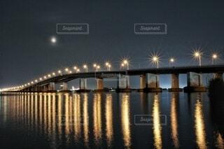 自然,風景,空,橋,夜景,屋外,湖,川,水面,月,満月,明るい,琵琶湖,滋賀県,びわ湖,琵琶湖大橋,びわ湖大橋