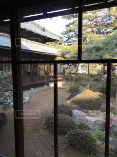 建物,庭,窓,ガラス,家,樹木,日本庭園,日本家屋,草木,眺め,お屋敷,ガーデン,豪邸,戦前,ゆがみガラス