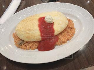 食べ物,食事,朝食,白,パン,デザート,テーブル,ふわふわ,皿,チーズ,卵,おいしい,オムライス,菓子,自家製,レシピ,ファストフード