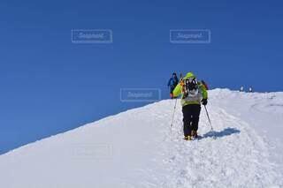 雪山登山の写真・画像素材[4385884]