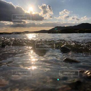 自然,海,空,屋外,湖,ビーチ,雲,波,水面,海岸,夕方,山,岩