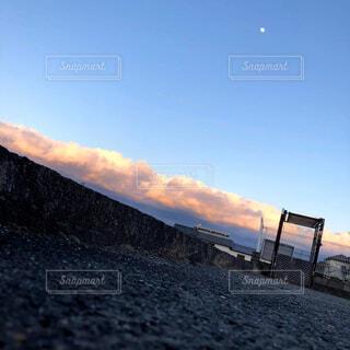 風景,空,屋外,雲,夕暮れ,月,地面