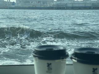 コーヒー,屋外,水面,カップ,廃棄物容器