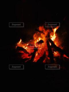 火のクローズアップの写真・画像素材[4434480]