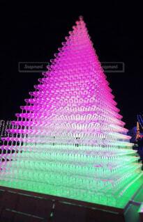 光り輝くグラスタワーの写真・画像素材[4387243]