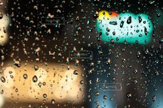 雨粒の写真・画像素材[4528173]