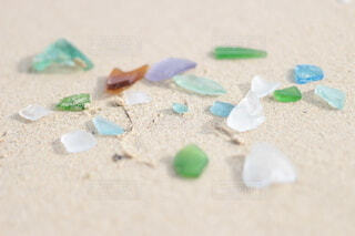 砂浜の宝物の写真・画像素材[4677927]