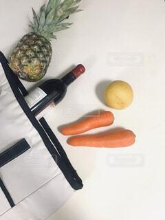 エコバッグと野菜とワインの写真・画像素材[4431320]