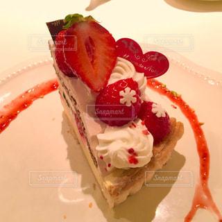 カフェ,ケーキ,かわいい,苺ケーキ,デザート,生クリーム,タルト,ティータイム,スウィーツ,ガーリー,いちごケーキ,イチゴケーキ